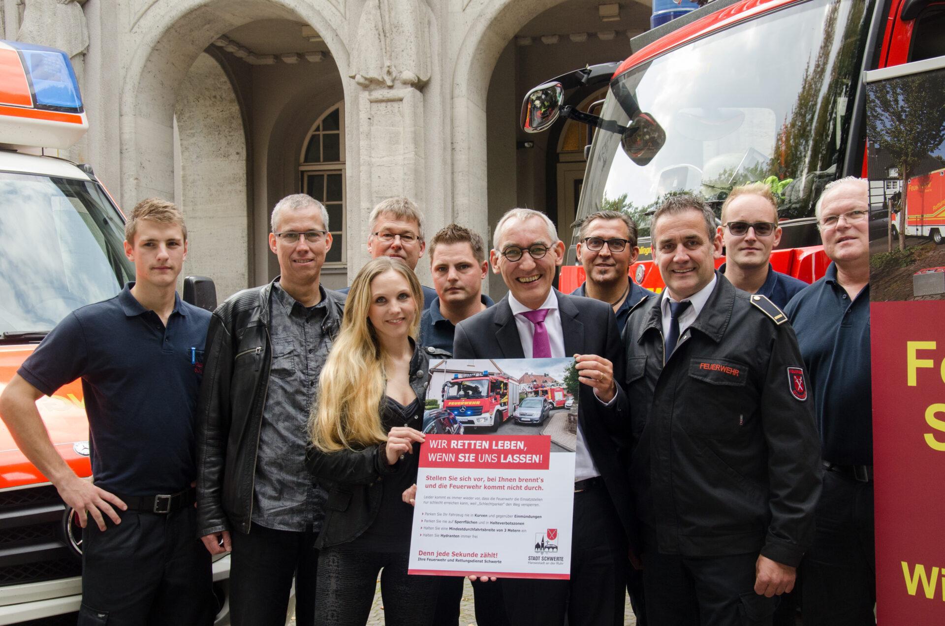 Flyer-Kampagne: Falschparker blockieren Rettungsfahrzeuge