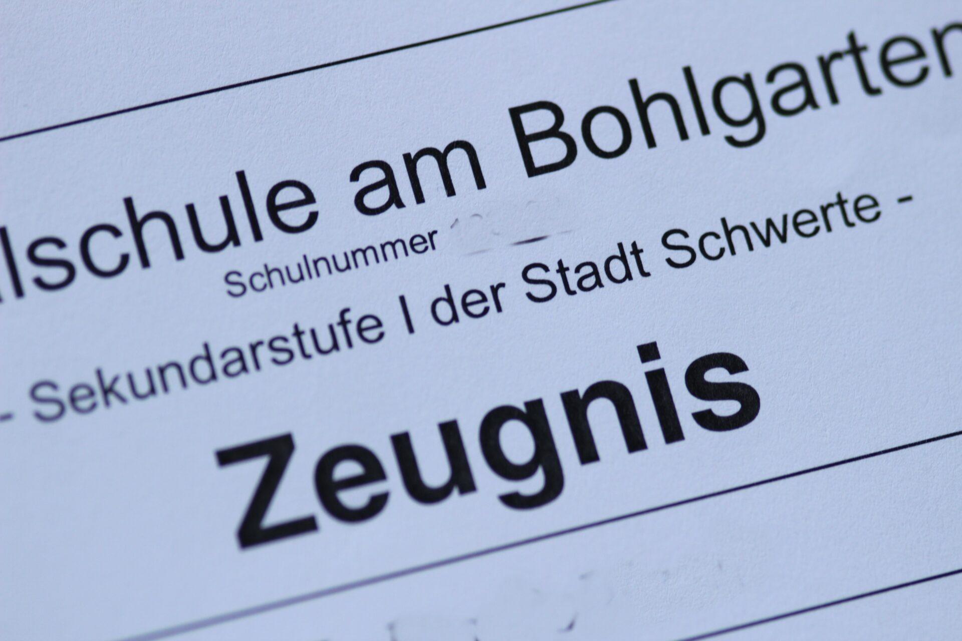 Zeugnisse: Bezirksregierung bietet wieder Beratung an