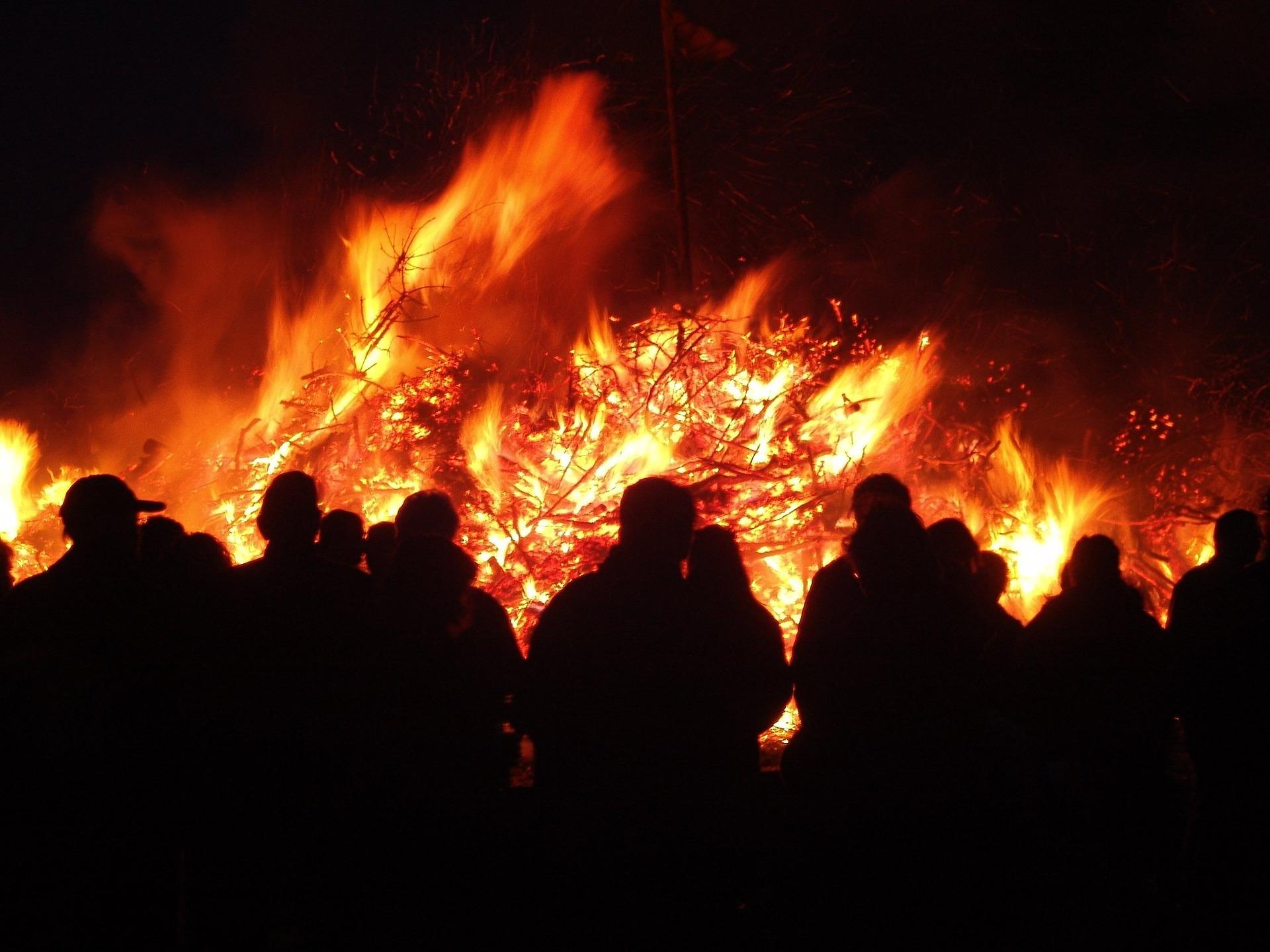 24 Osterfeuer in Schwerte: In Dortmund sind es nur 20