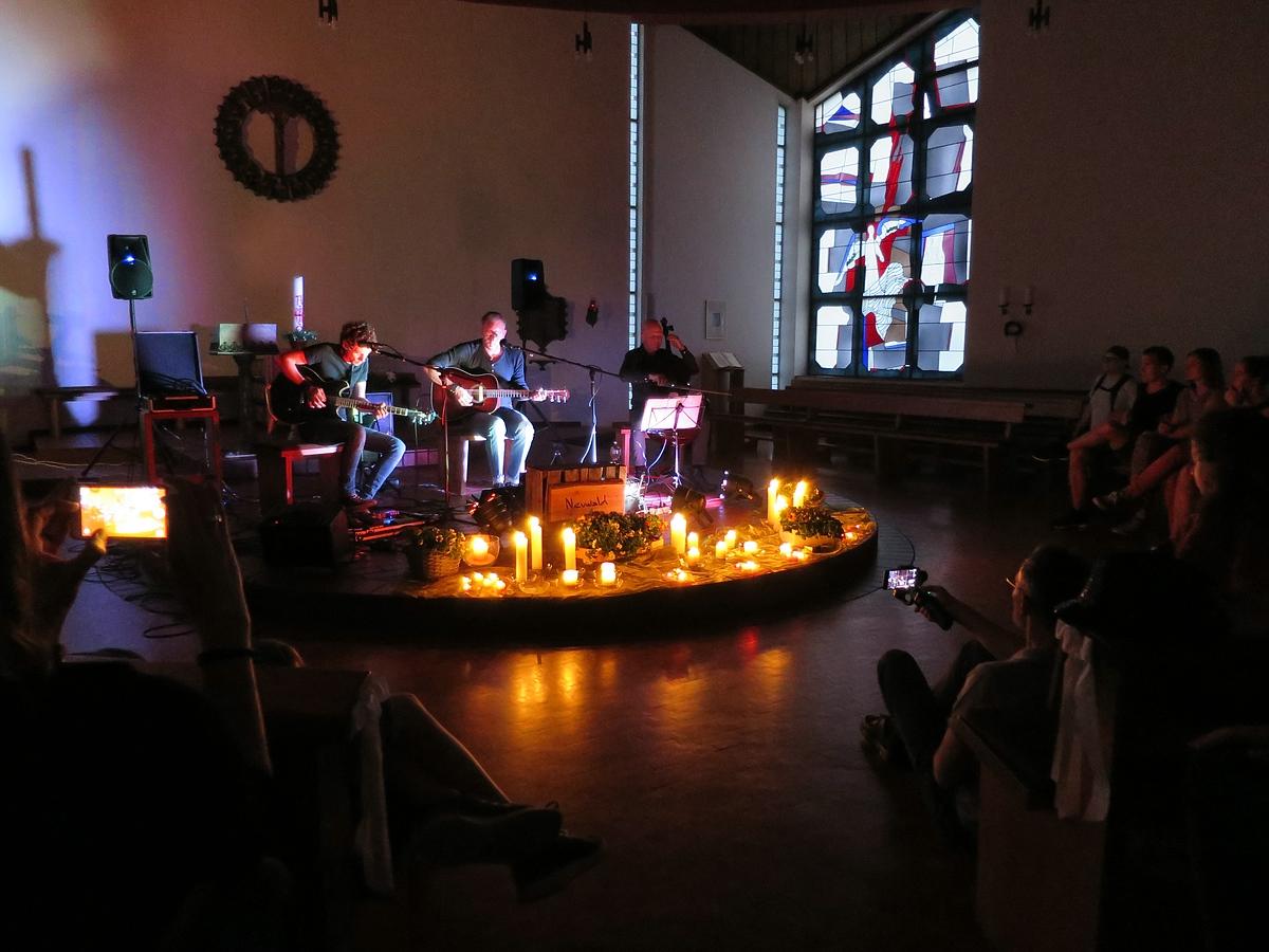 Gänsehaut pur: Frühlingsbenefiz in St. Christophorus mit Olaf Neuwald