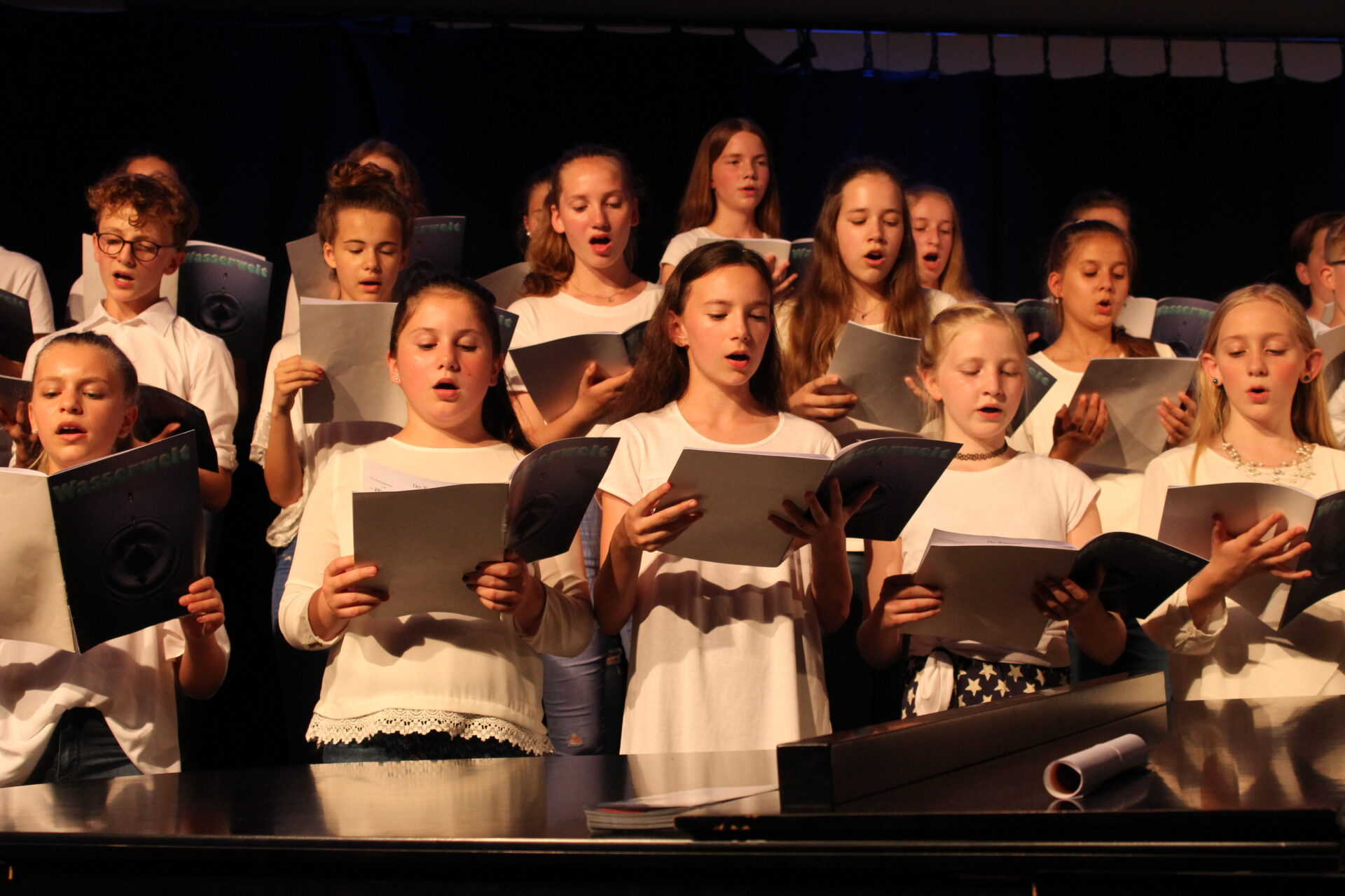 Eine Welt-Konzert am Ruhrtal-Gymnasium