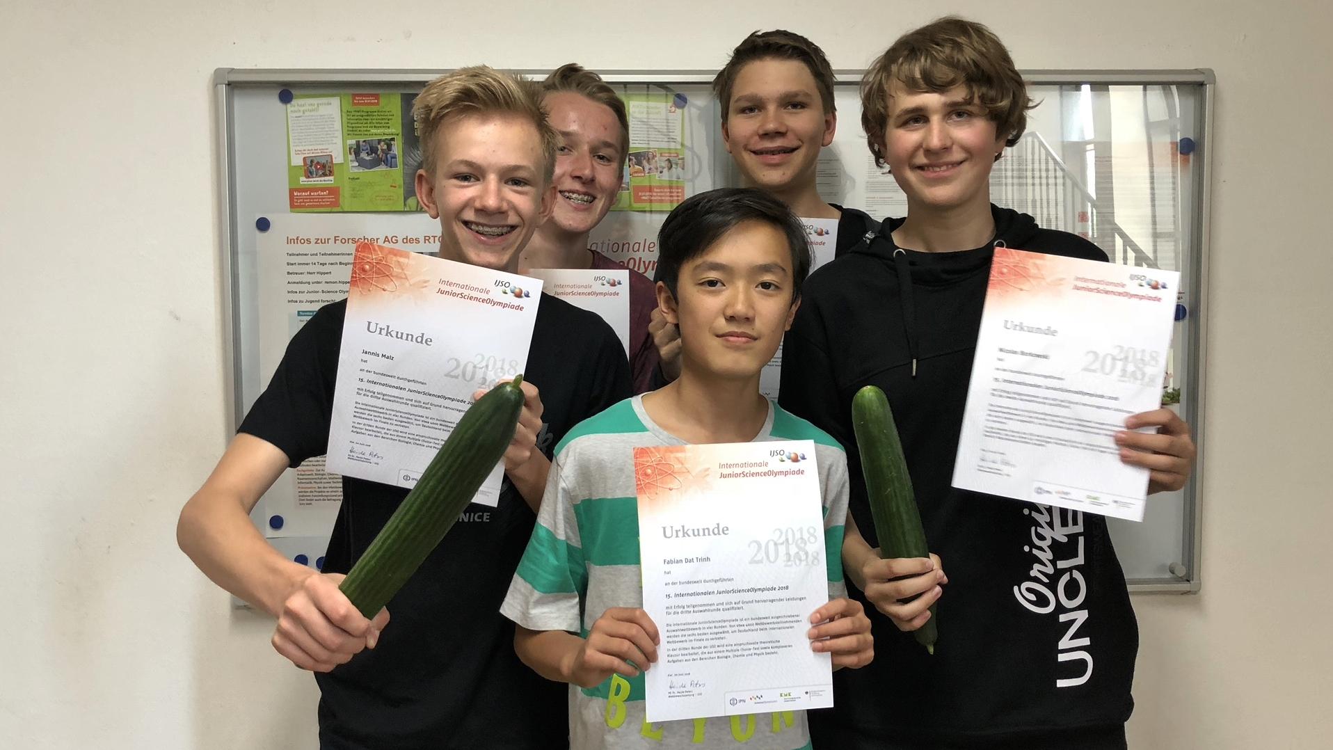 Urkunden für Schüler: JuniorScienceOlympiade, Gurken und das RTG