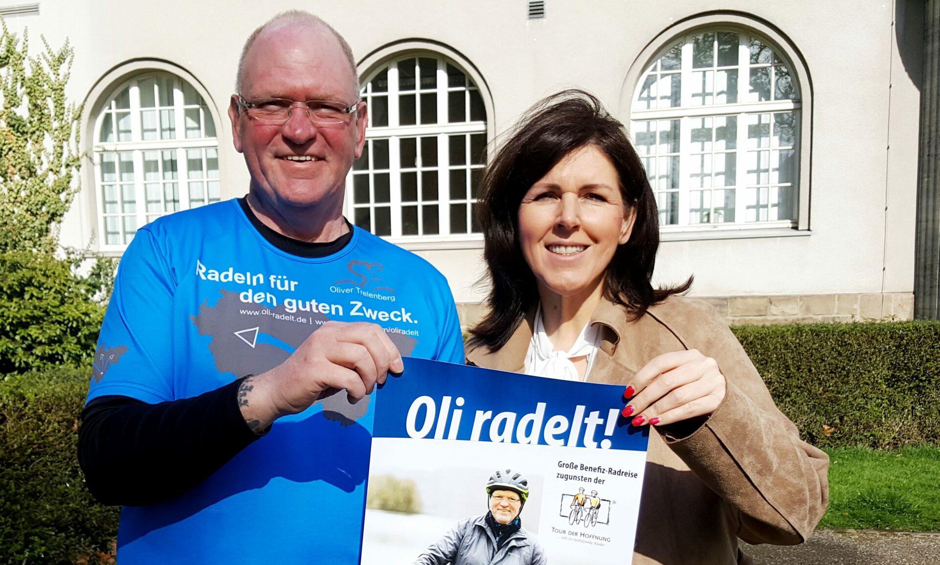 Für die Tour der Hoffnung: Oliver Trelenberg tritt in die Pedalen