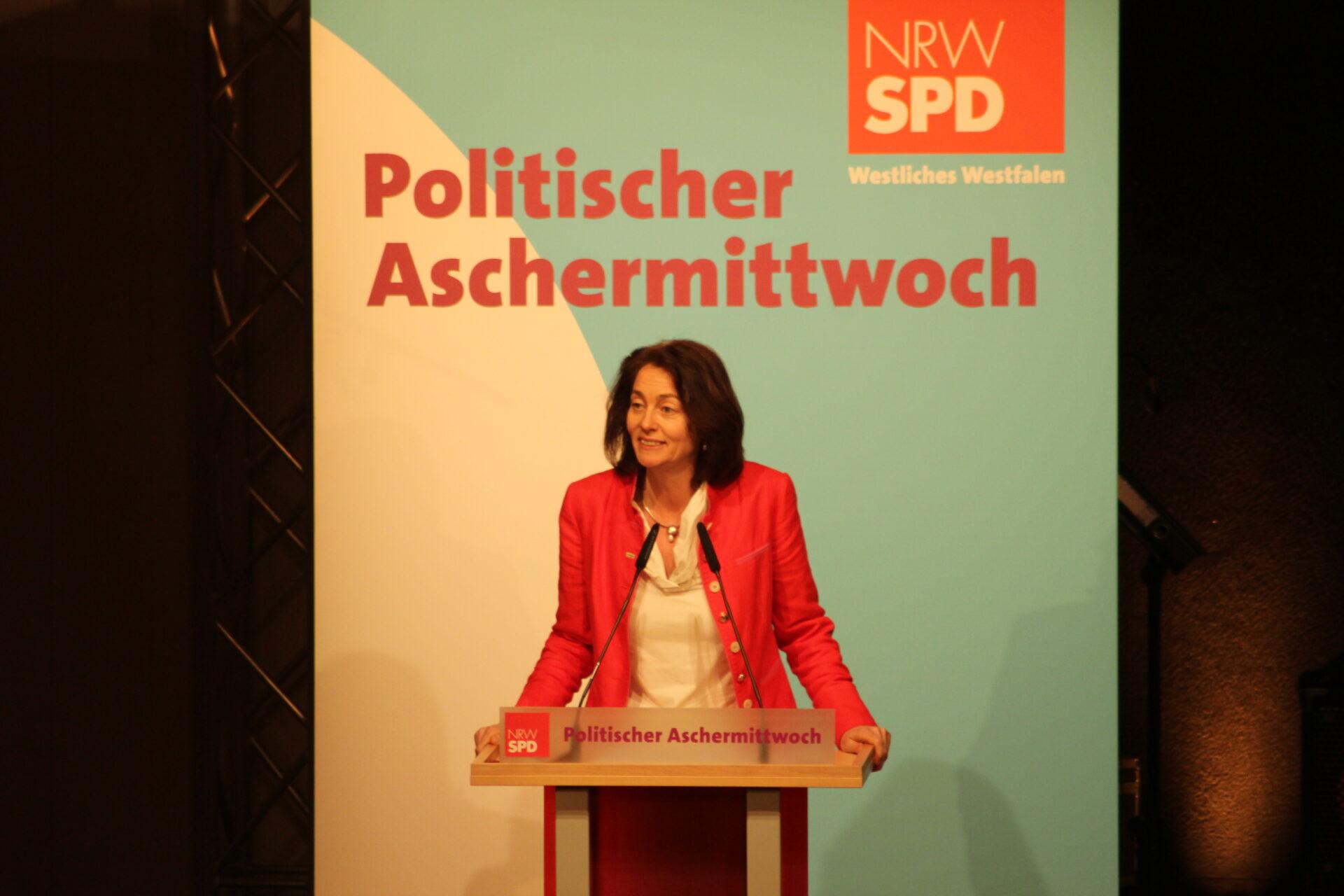 Katarina Barley beim Politischen Aschermittwoch der SPD