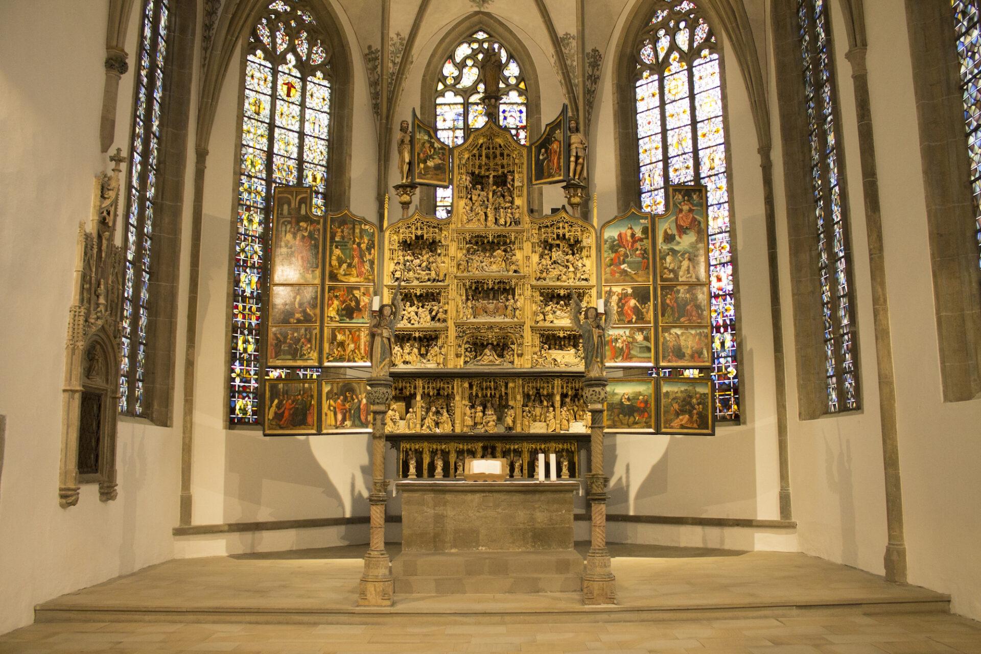 Antwerpener Altar: Klappmechanismus ist stark beschädigt