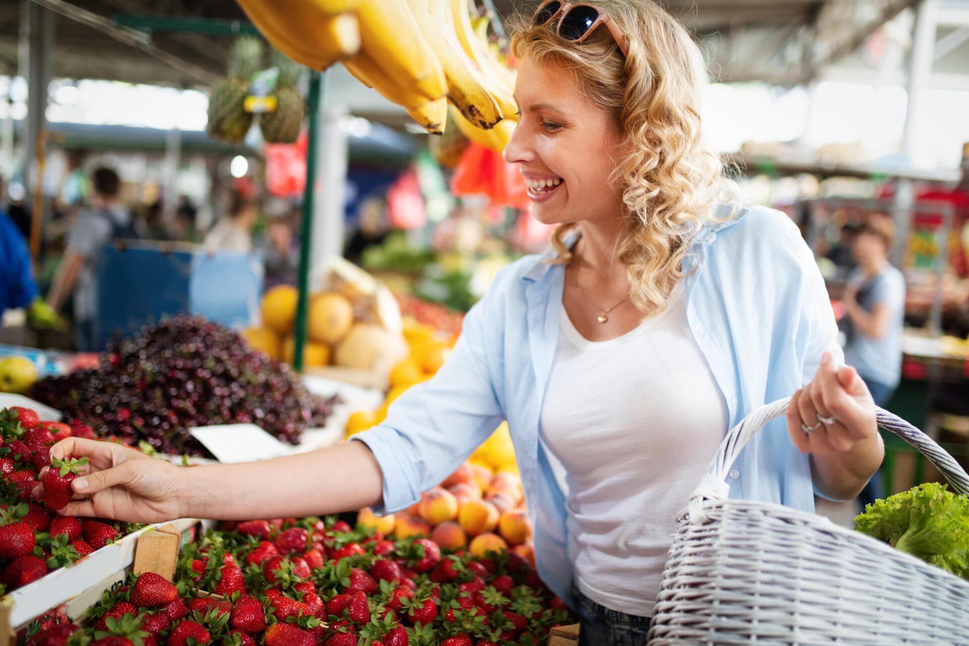 Mundschutzpflicht auf Wochenmarkt: Bußgelder im gesamten Kreis