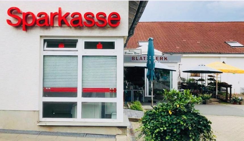 Einbruch in Blumengeschäft: Täter gelangten von dort an Geldautomaten