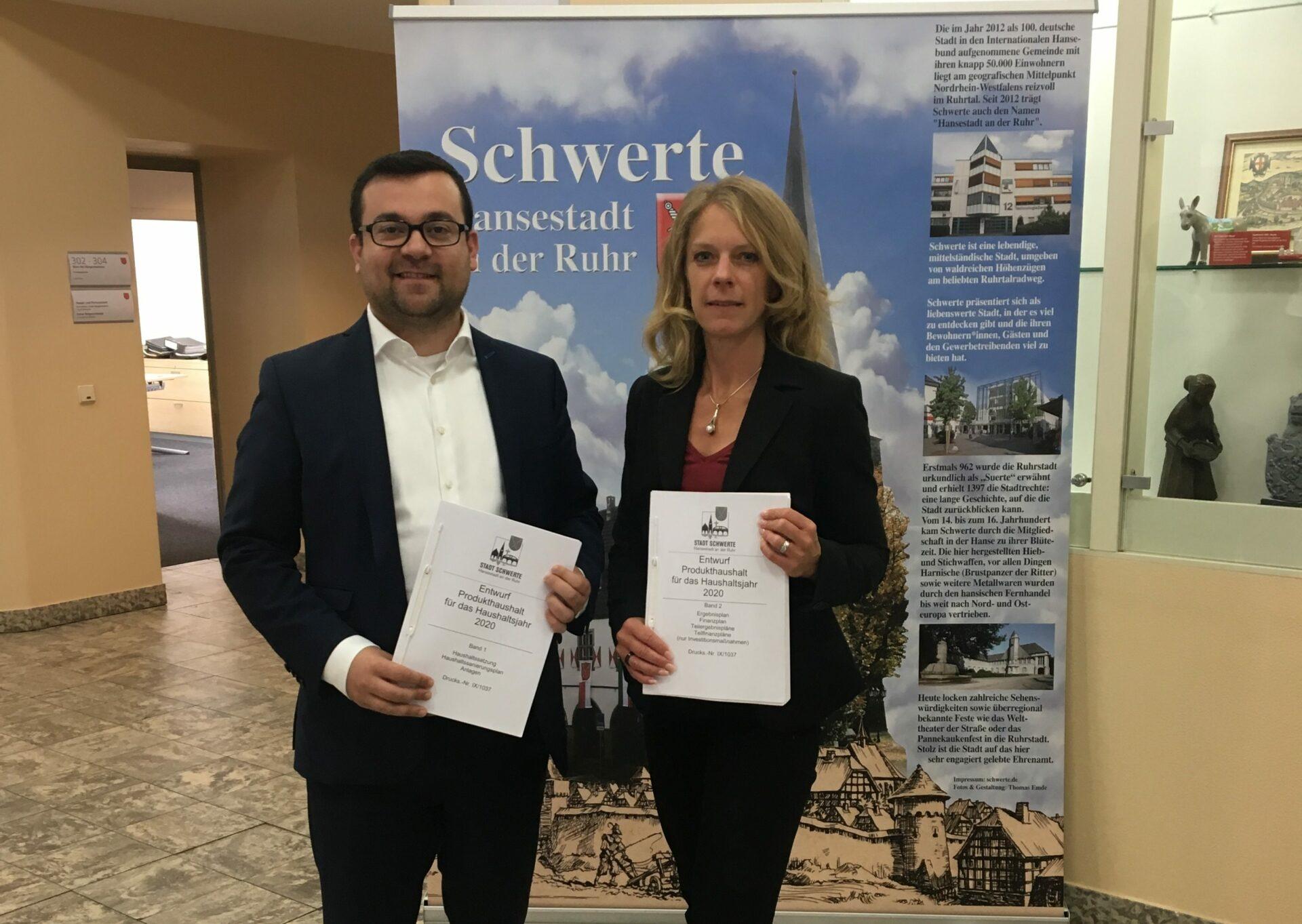 Kämmerin und Bürgermeister legen Haushaltsplan für 2020 vor: 79 Millionen Euro Gesamtinvestitionen