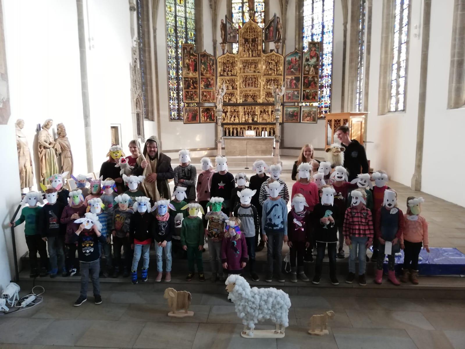 Kinderbibeltage: Schafe und Hirten in der Kirche