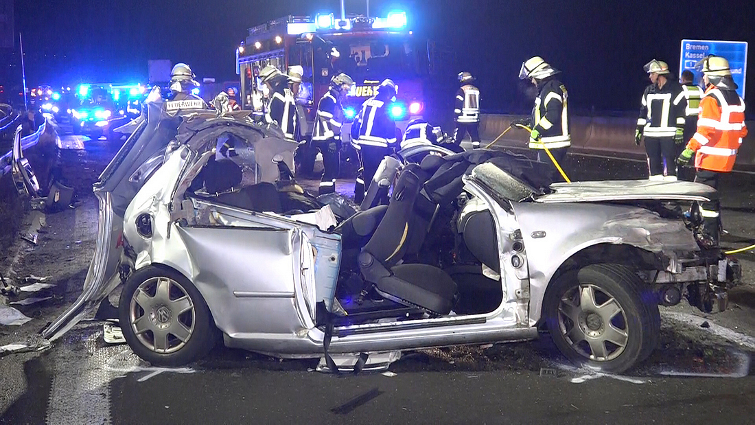Fünf Schwerverletzte bei Unfall auf der A1 bei Schwerte