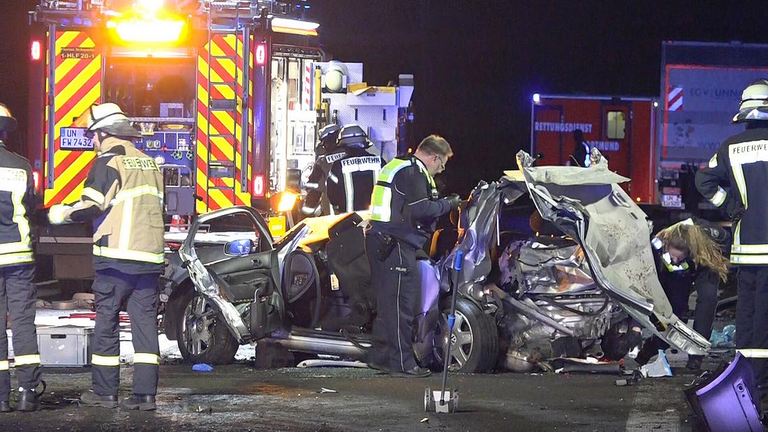 Beifahrer nach Unfall auf A1 bei Schwerte verstorben