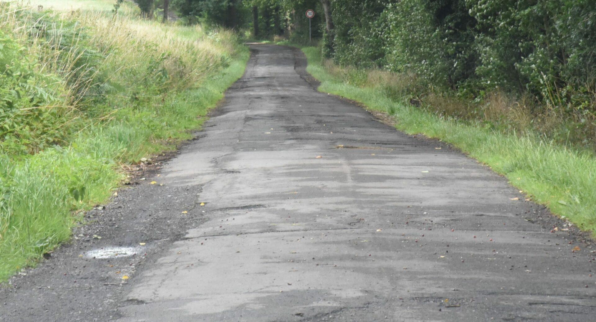 Rheinener Weg erhält neue Oberfläche