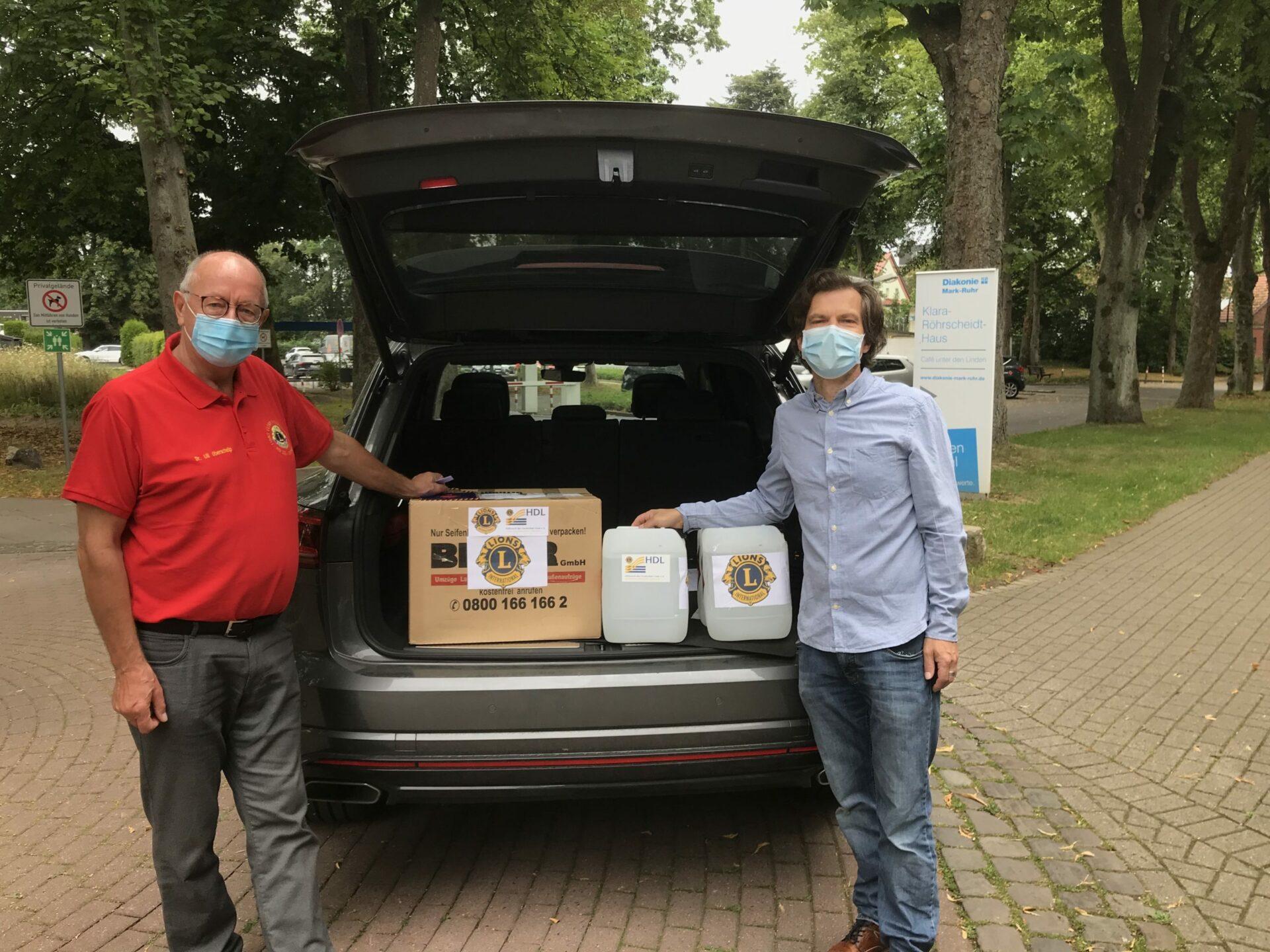Lions Club Werne spendet Schutzausrüstung an Klara-Röhrscheidt-Haus