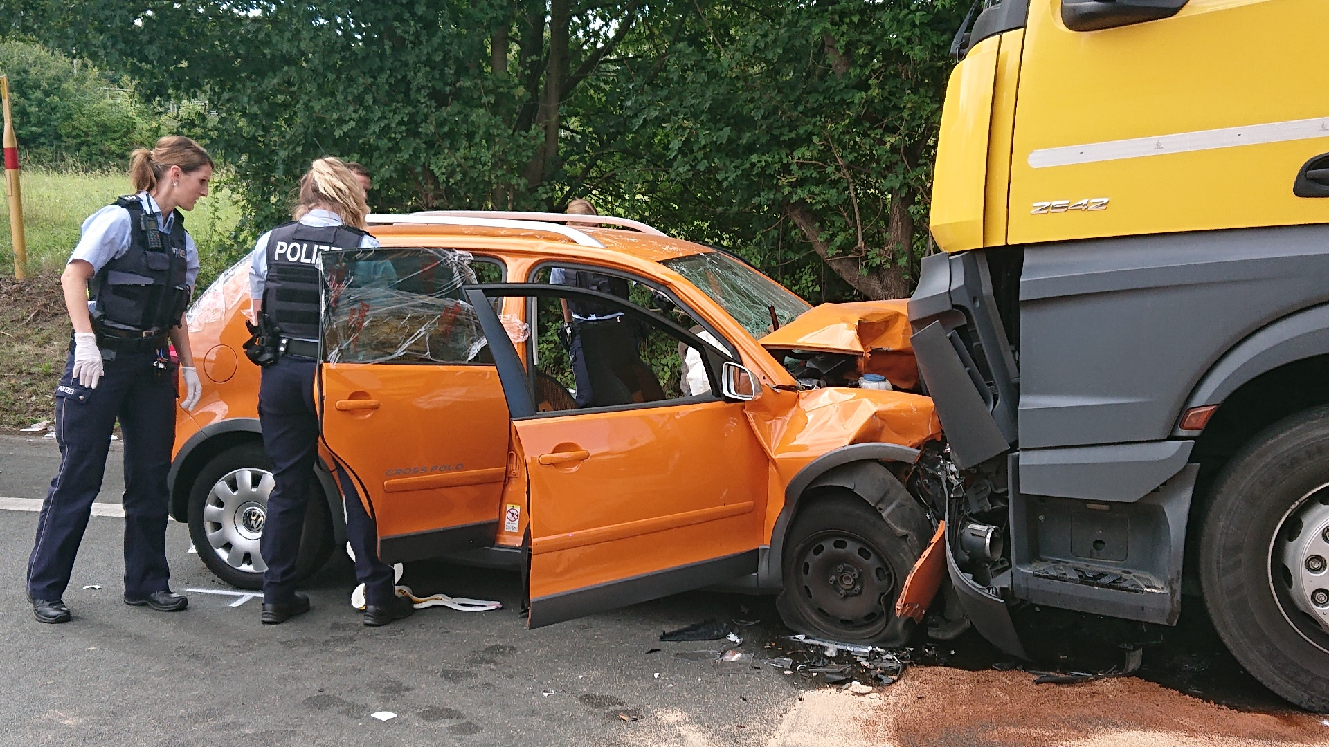 Unfall in der Nähe des Westhofener Kreuzes: 5-jähriges Kind und Mutter schwerst verletzt