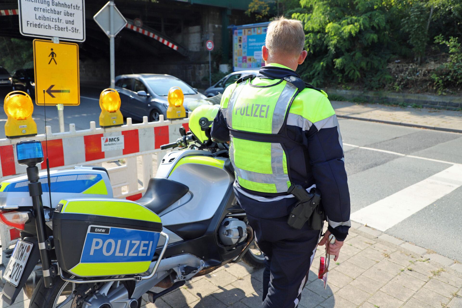 """Polizei stellt 42 Handyverstöße bei Ablenkungskontrollen fest – Fazit """"besorgniserregend"""""""