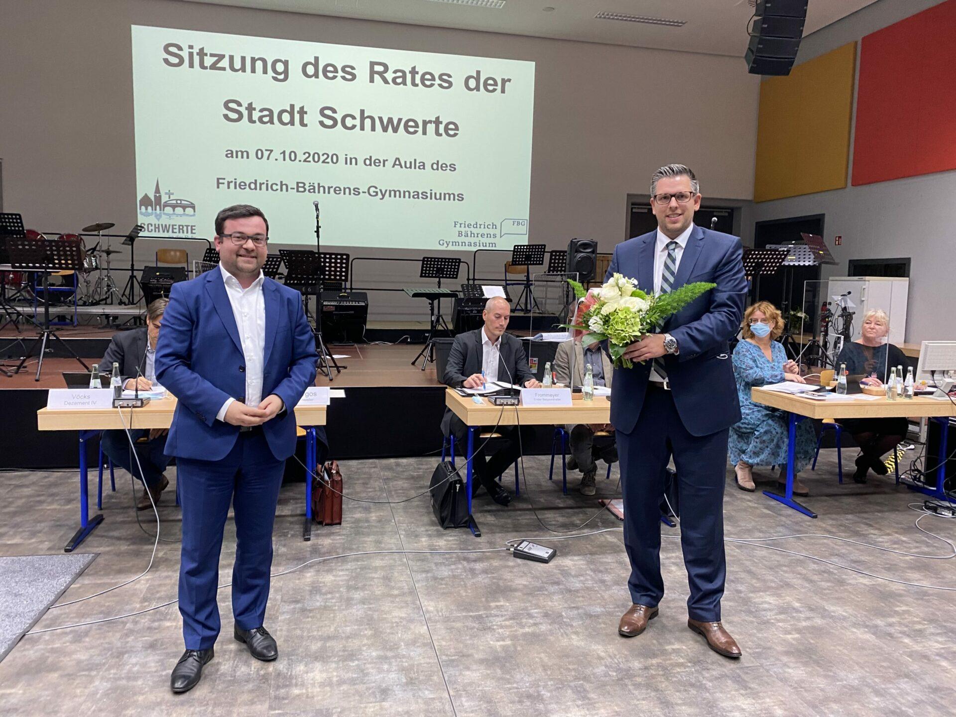 Neuer Kämmerer ist gewählt: Niklas Luhmann nimmt Dienst am 1. Dezember auf