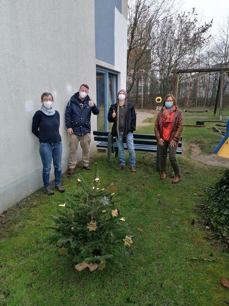 """Aktion """"Anti-Corona-Wunschbaum"""" im Klara-Röhrscheidt-Haus"""