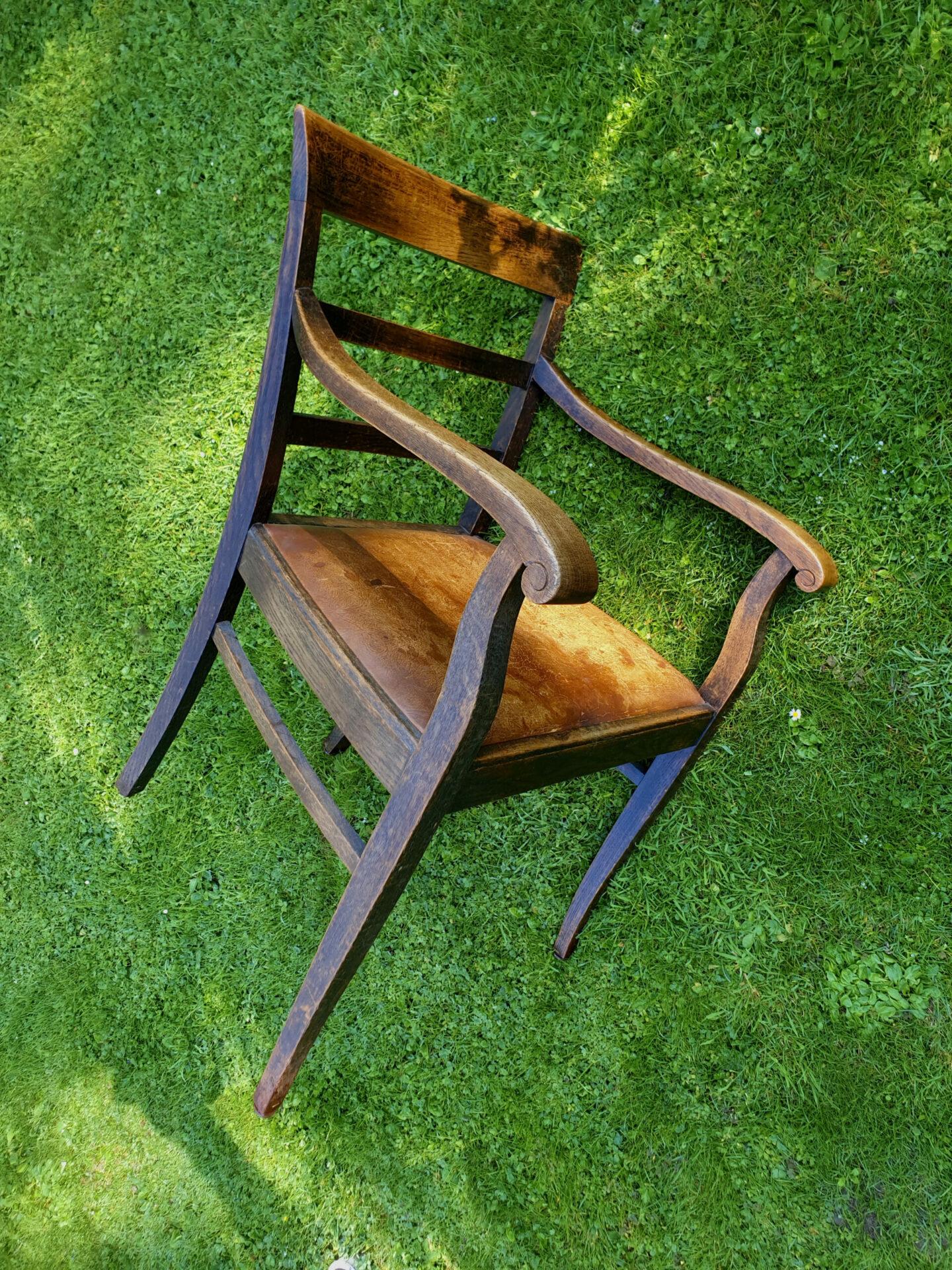 Die Geschichte der Stühle – Gerhard Hallen gibt Einblicke zu Ursprung, Bedeutung und Vielfalt des Sitzmöbels