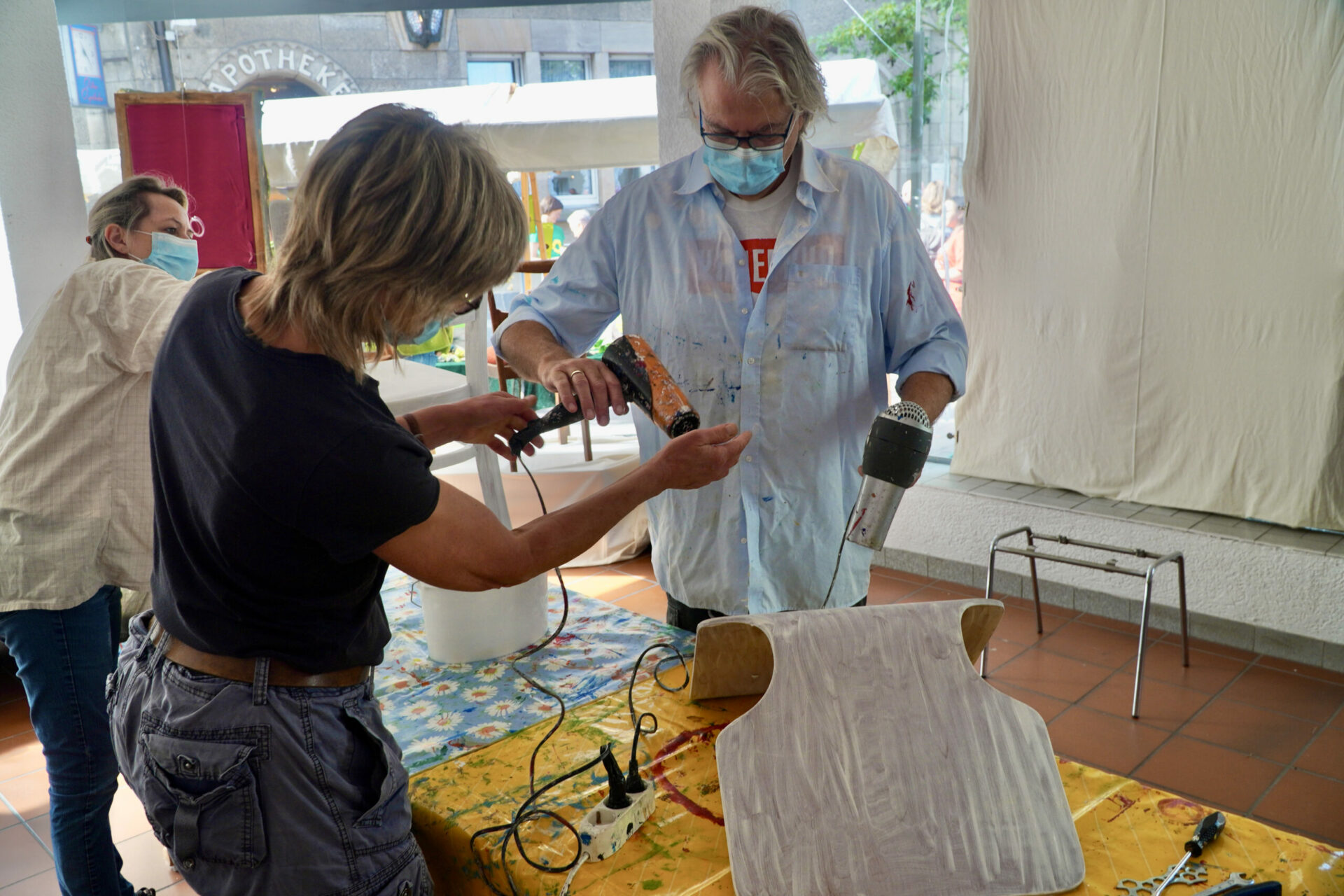 Kunst am Stuhl: Erster Kreativ – Workshop der Reihe elanvoll gestartet
