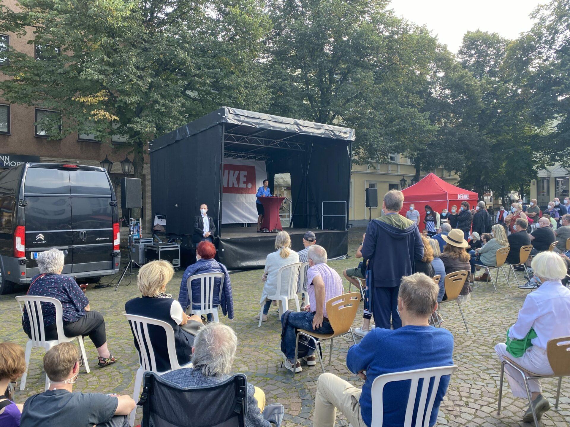Sahra Wagenknecht besuchte auf ihrer Wahlkampftour den Schwerter Marktplatz